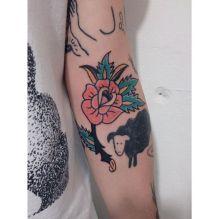Ocupação Avesso Sub Galeria - Tatuagem por Carlos Cruz